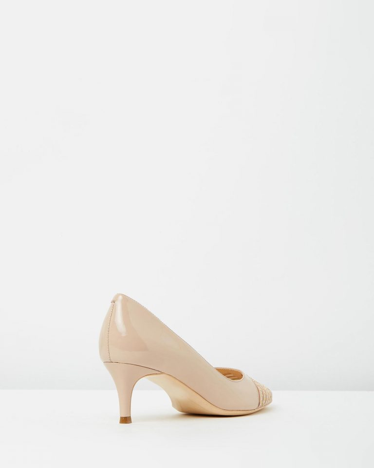 Akira Heels – Nude