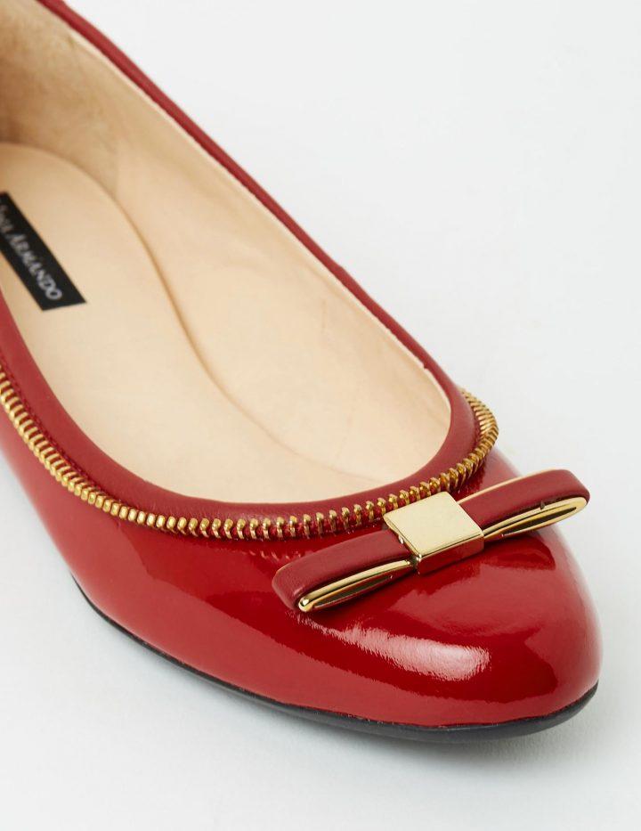 Annemarie - Red