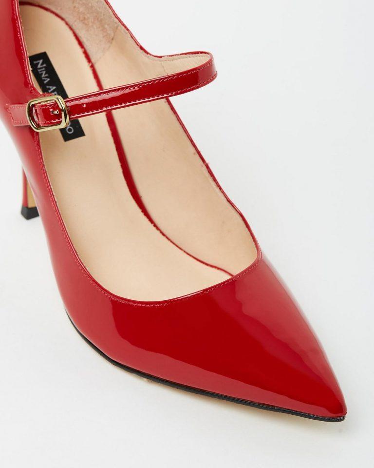 Essence - Red