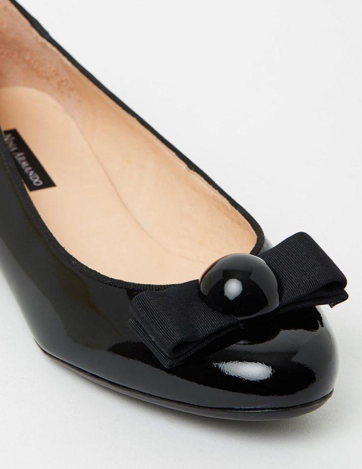 Sally - Patent Black