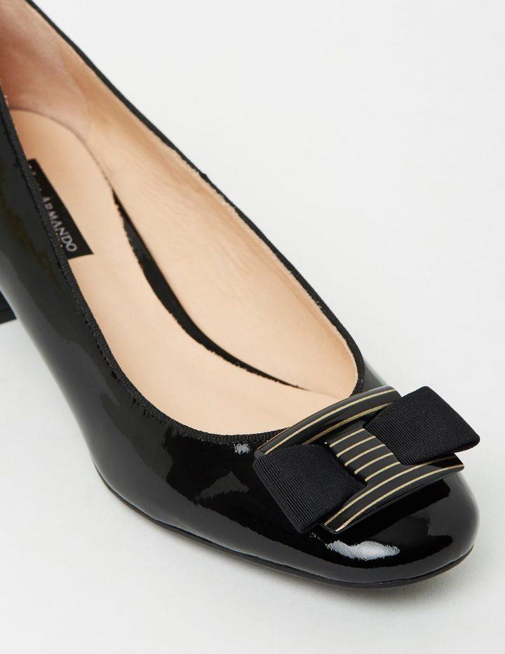 Estelle - Black