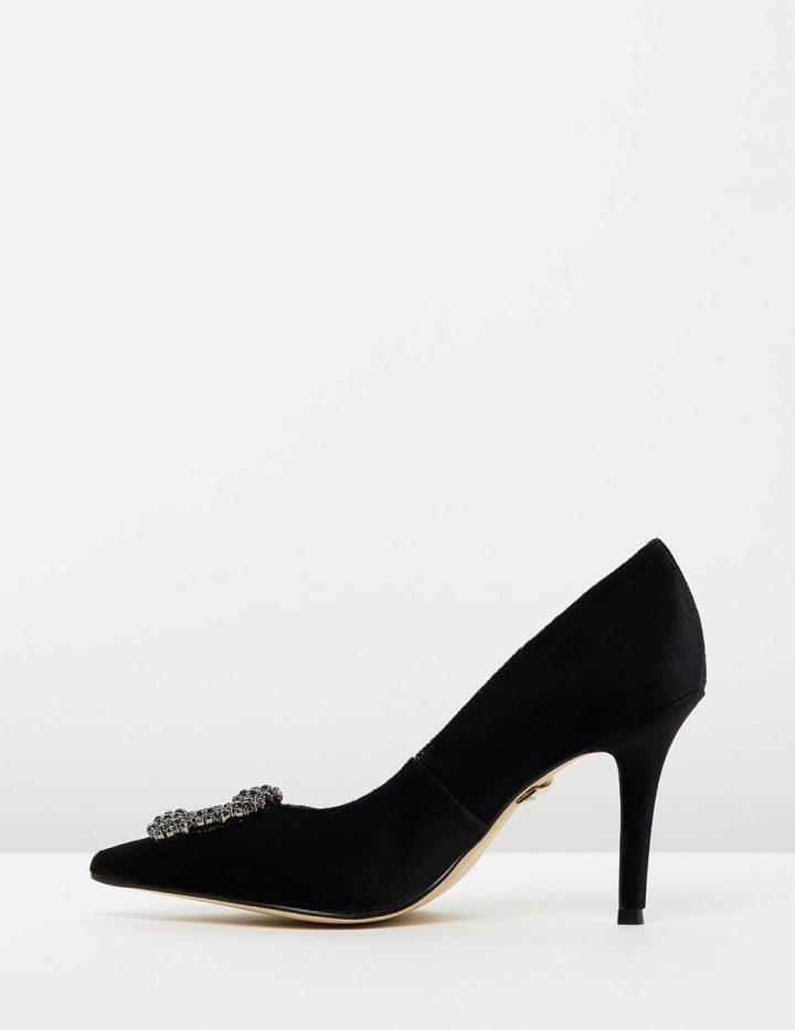 Alvina - Black Velvet