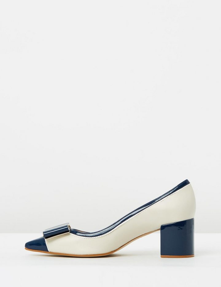 Charis - Navy & Beige