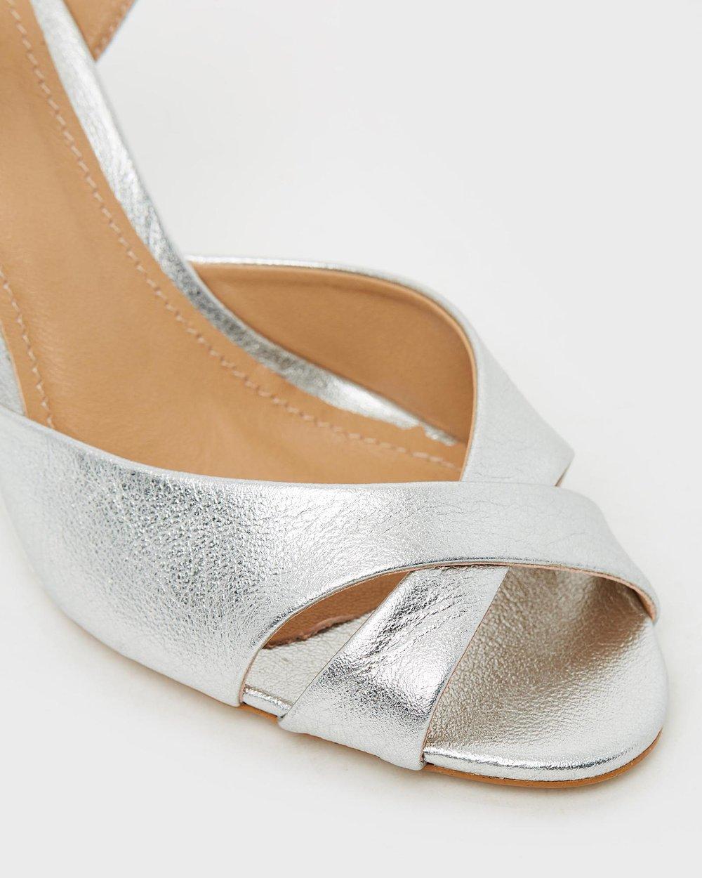 Bailey II - Metallic Silver