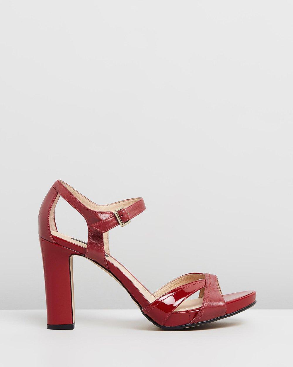 Ella - Red
