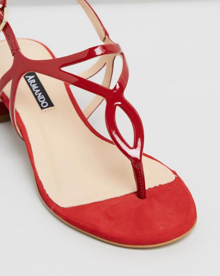 Manuela - Red