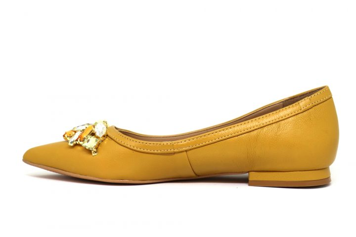 Charlotte - Yellow