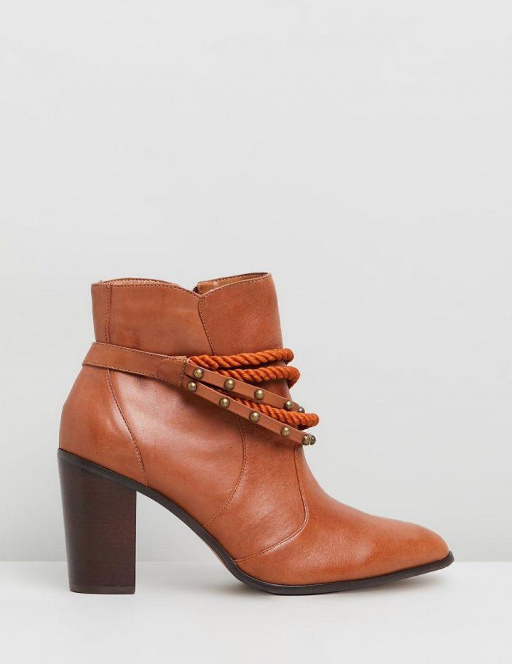 Libby - Caramel brown