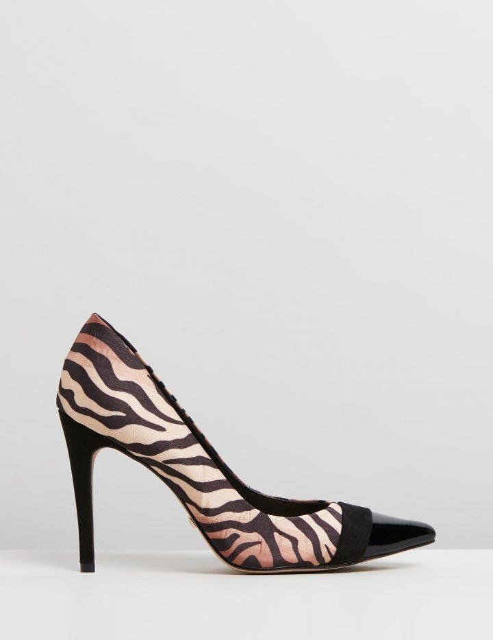 2bc0c90655d Yvete - Black   Tiger Stripe