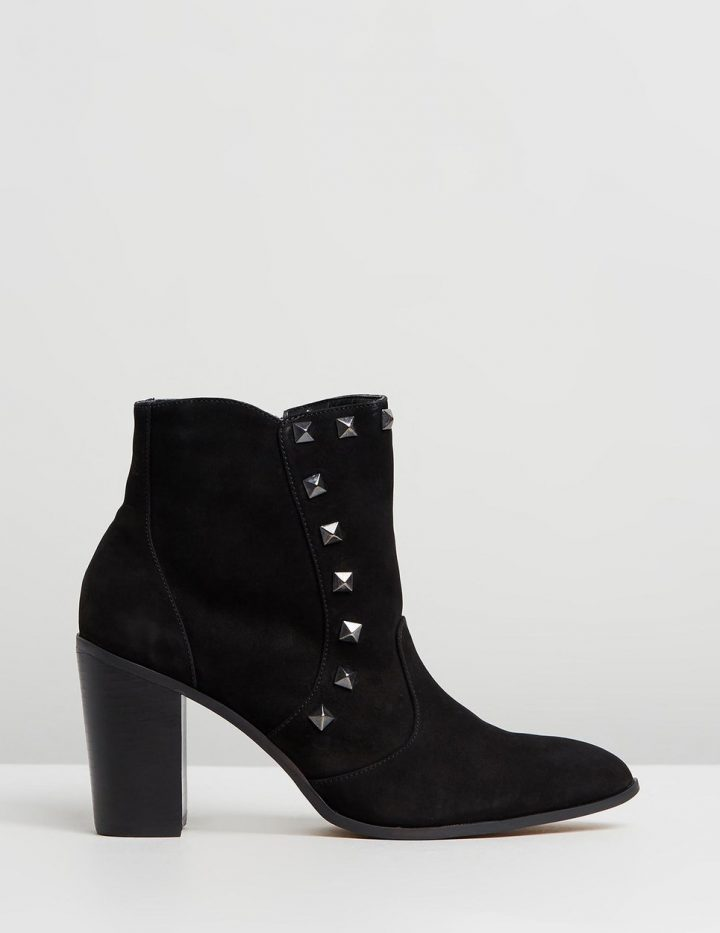 Tilly - Black Suede